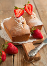 Pound cake with fresh strawberries Stock Photos