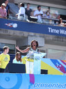 Presidentsvrouw michelle obama encourages kids om actief te blijven in arthur ashe kids day in billie jean king national tennis Stock Fotografie