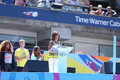 Primera señora michelle obama encourages kids a permanecer activa en arthur ashe kids day en billie jean king national tennis Imágenes de archivo libres de regalías
