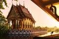 Punto di riferimento della tailandia wat phra yai temple sunset viaggio turismo Fotografie Stock Libere da Diritti