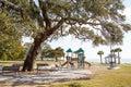 Pusty boisko na wybrzeżu w zimie i park Zdjęcie Stock