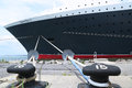 Queen mary cruiseschip bij de cruiseterminal die van brooklyn wordt gedokt Stock Foto's