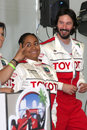 Rabe symone u keanu reeves jährlichen toyota pro berühmtheits rennen presse tag der grand prixbahn long beach ca april Lizenzfreie Stockfotos