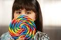 Rapariga bonito com lollipop Imagem de Stock Royalty Free