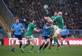Rbs nations italy ireland rugby round rome it stadio olimpico february vs score s paul o connell is jumping to take the Royalty Free Stock Photos