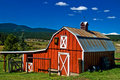 Red Country Barn in Colorado Rocky Mountains Royalty Free Stock Photography