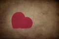 Red heart shape on grunge background Royalty Free Stock Photography