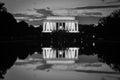 Reflexão de lincoln memorial e de espelho em preto e branco washington dc eua Fotos de Stock