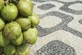 Rio de janeiro brazil coconuts ipanema bürgersteig Stockfoto