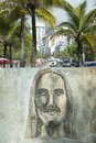 Rio graffiti drawing av cristo redentor ipanema Arkivbild