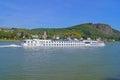 Río cruzar enviar en Rin