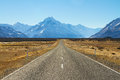 Road to mountain long mount cook in new zealand Stock Photos