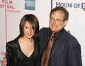 Robin williams actor stand up comedian film producer screenwriter is joined by his daughter zelda an actress on the red Stock Photos