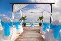 Romantische hochzeit auf sandy tropical caribbean beach Lizenzfreies Stockfoto