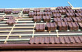 Roof tiles installation Royalty Free Stock Photos