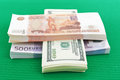 Roubles russes euros et dollars Photo libre de droits