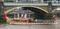 The Royal Barge heads heads off Royalty Free Stock Photos