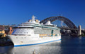 Royal caribbean cruises radiance of the seas sydney australia december looking radiant in sydney harbour circular quay harbour Stock Images
