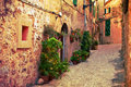 Rue antique dans le village de Valldemossa, Majorque Photos stock