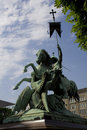 Rue George combattant la statue de dragon Photos libres de droits