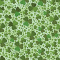 Saint Patrick leaf green seamless pattern