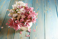 Picture : Sakura in vase roses mint table