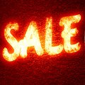 For sale text written on a glowing red background Royalty Free Stock Photography