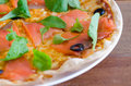 Salmon Slice Pizza med mozzarellaen Royaltyfria Foton