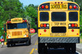 School bus picking up kids Royalty Free Stock Photography
