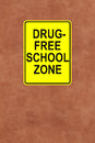 This school is drug free a sign mounted on a wall Royalty Free Stock Photos