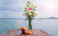 Sea vacation table decoration beside the Royalty Free Stock Images