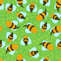 Seamless bees background with cartoon Royalty Free Stock Images