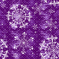 Seamless violet christmas grunge pattern with white snowflakes vector Royalty Free Stock Photos