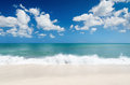 Seascape white sand beach and blue sky Royalty Free Stock Photos