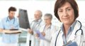 Žena lekár zdravotné tím v