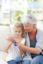 Senior knitting with her granddaughter Royalty Free Stock Photography