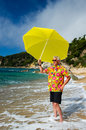 Senior man enjoying at the beach Royalty Free Stock Photography