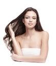 Serene beautiful young woman mit dem langen haar Lizenzfreies Stockbild