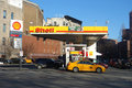 Shell station Stockbilder