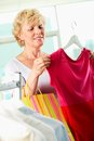 Shopper with tanktop Royalty Free Stock Photography