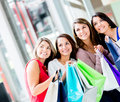 Shopping women looking away Royalty Free Stock Photography