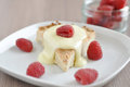 Shortbread cookies cake with raspberries and vanilla cream pudding Stock Photos