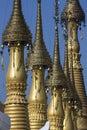 Shwe gästgivargårdthein tempel ithein inle lake myanmar Arkivbilder