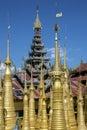 Shwe gästgivargårdthein tempel ithein inle sjö myanmar Royaltyfri Foto