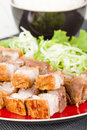 Siu yuk chinese crispy roast pork belly served on top of steamed rice Stock Photography