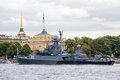 Small anti submarine ship in day of the russia flag st petersburg saint – august kazanetz at admiralty embankment Stock Images