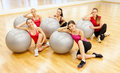 Smiling people working out in pilates class Royalty Free Stock Photos