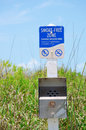Smoke-free Zone Sensitive Wildlife Area sign Royalty Free Stock Photos