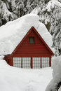 Snow Covered Cabin Royalty Free Stock Photos