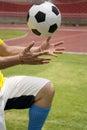 Soccer hands dosięga nożną piłkę Zdjęcia Royalty Free